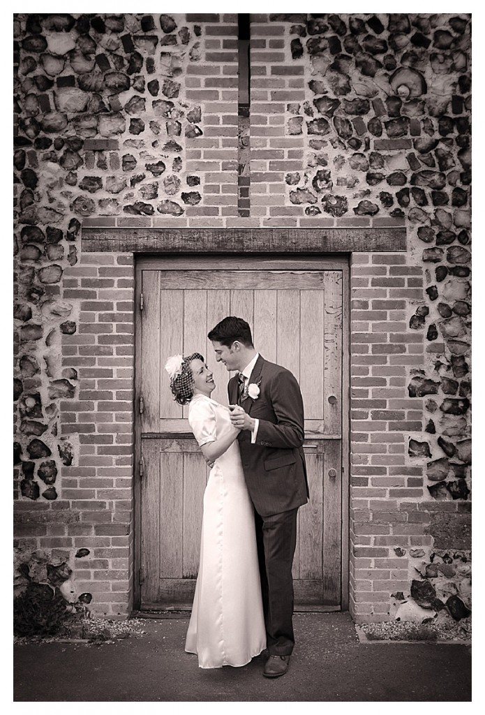 A nostalgic and beautiful 40's inspired wedding... {part 1}