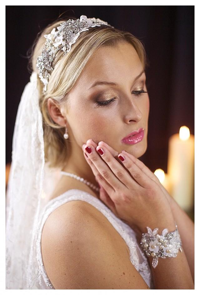 https://www.bestweddingveil.com/collections/cathedral-veil