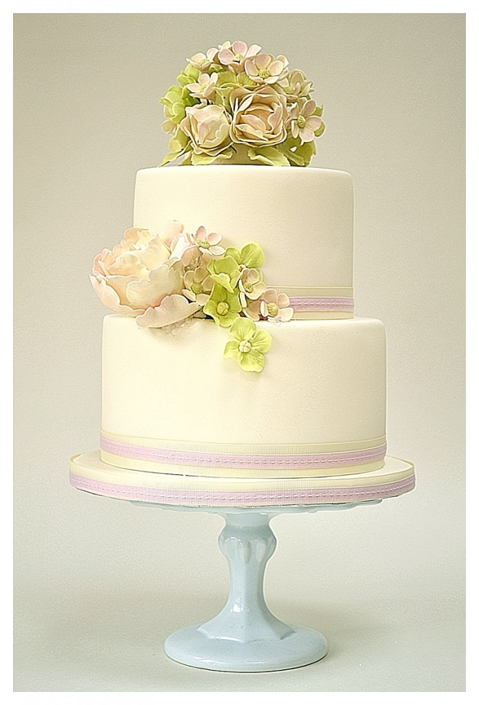 Simply Flowers Wedding Cake
