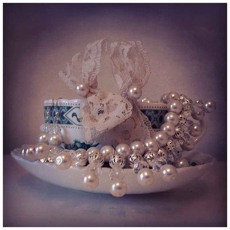 Love in a mist bridal accessories