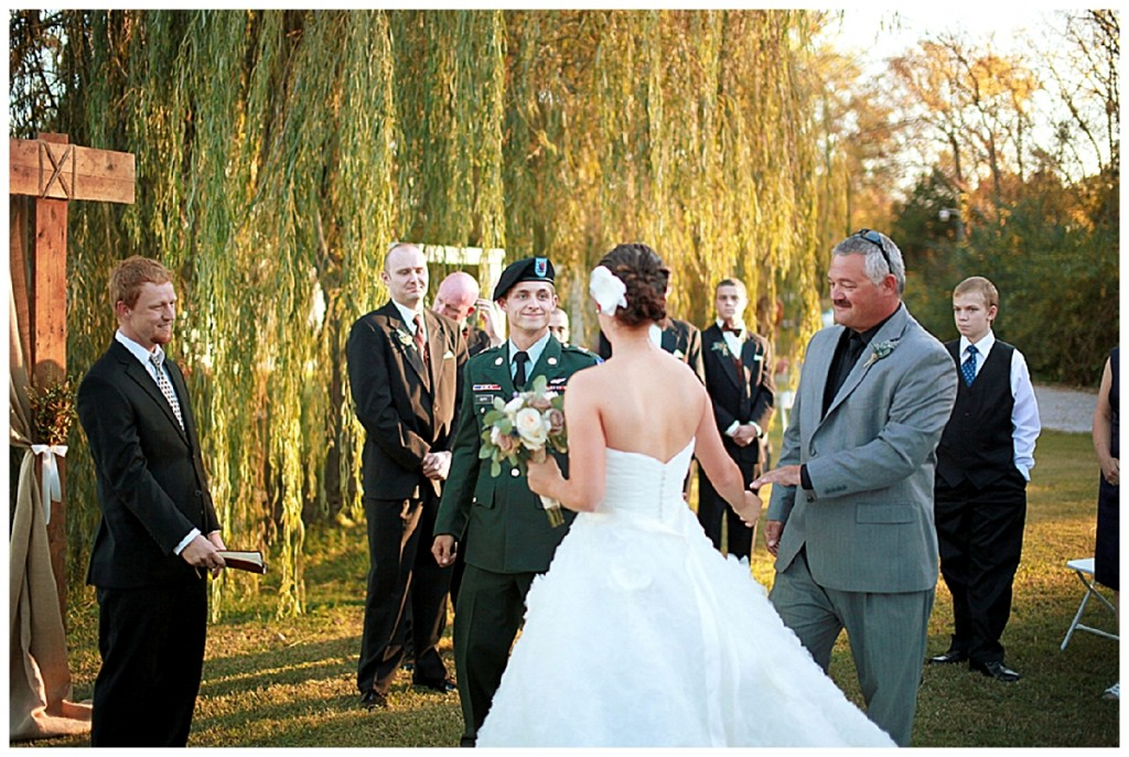 Romantically dreamy: outdoor military | real wedding
