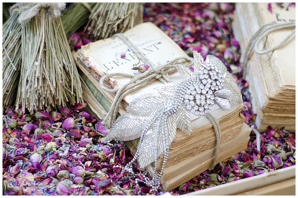confetti petals case