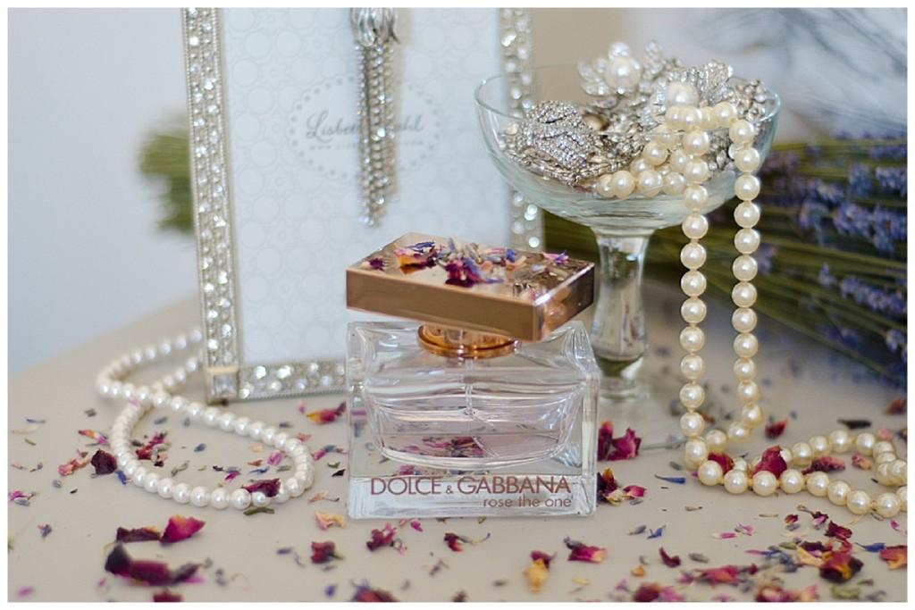 flower petals confetti perfume