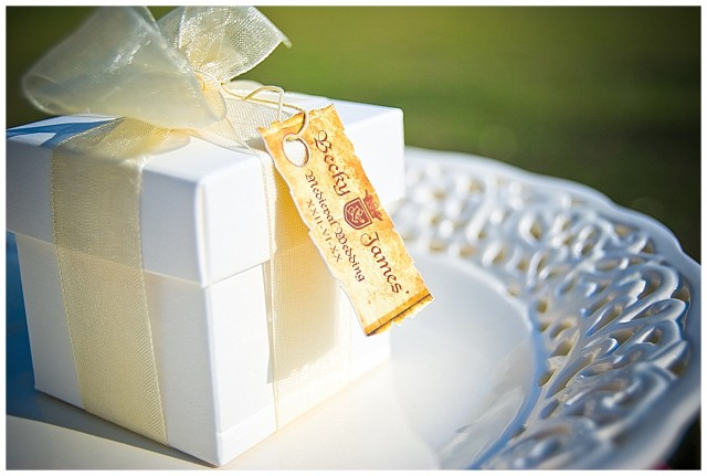 Alternative wedding favour boxes