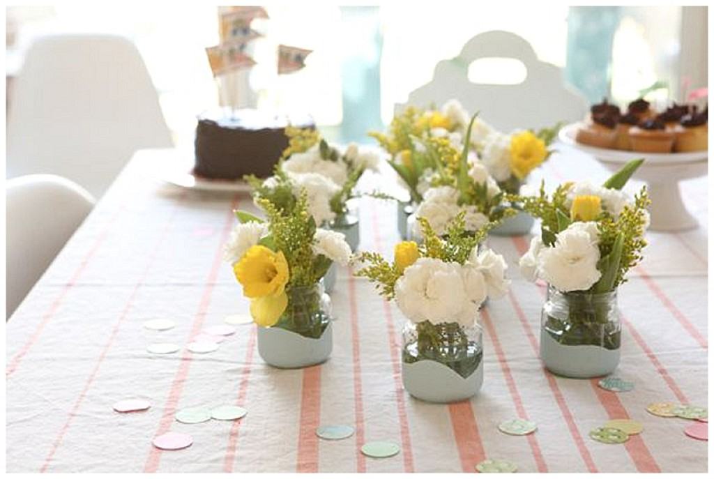 Pretty little DIY flower jars for your wedding