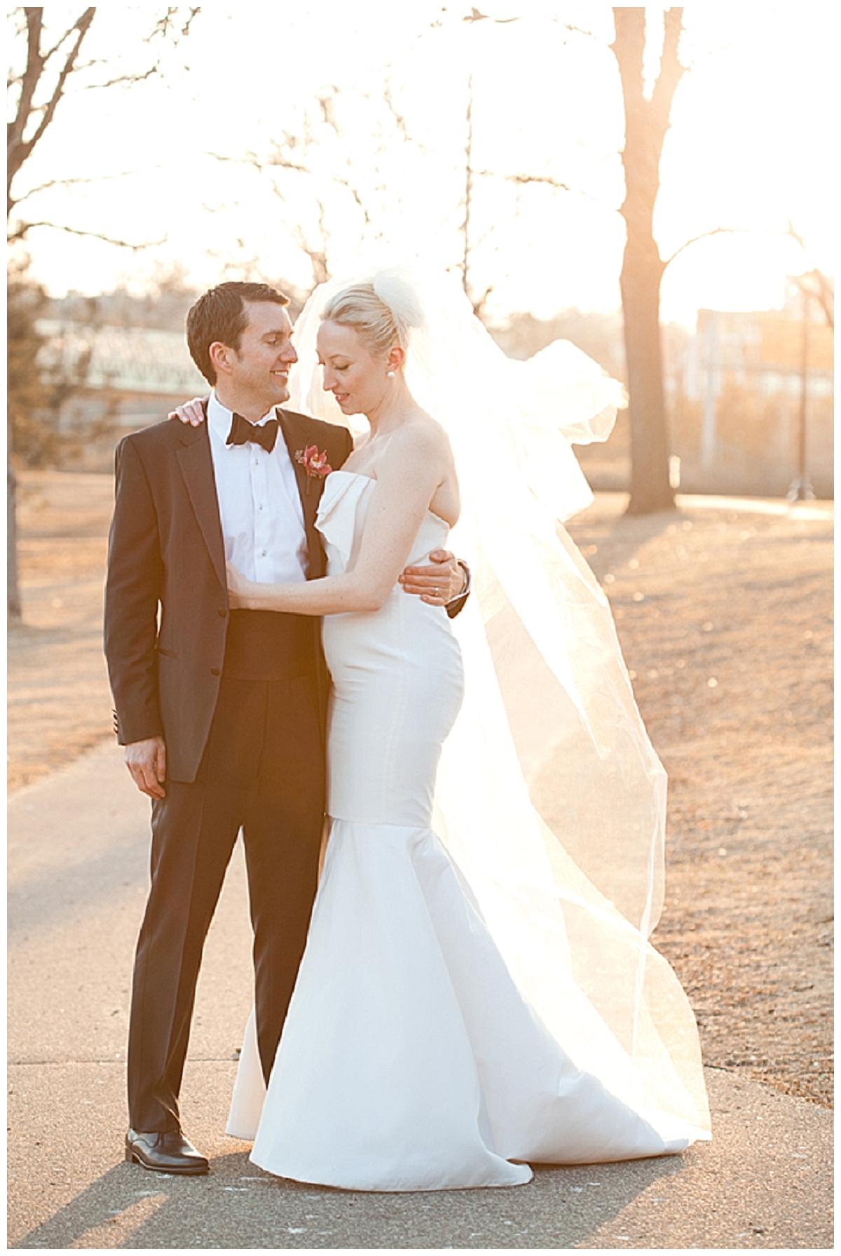 Black, white & ivory: elegant winter | real wedding