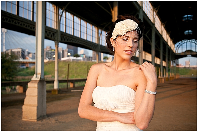 Urban balloons ~ a really cool J'burg bridal shoot!