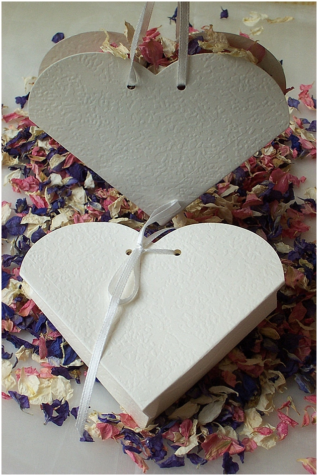 natural confetti heart boxes