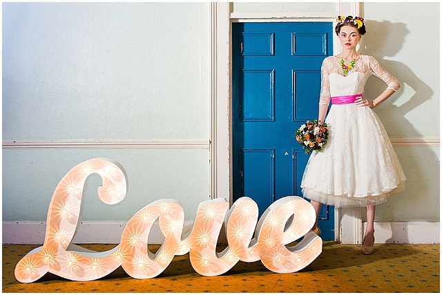 The perfect vintage wedding dress for your shape!