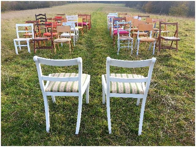 2013 Wedding Trend: Vintage Furniture