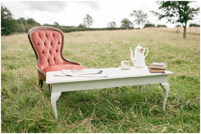 2013 Wedding Trend: Vintage Furniture