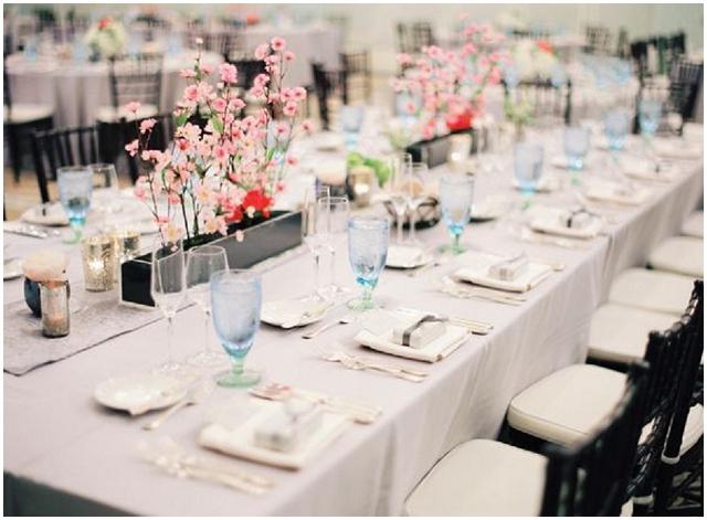 Coloured Glassware: Wedding Ideas + Inspiration