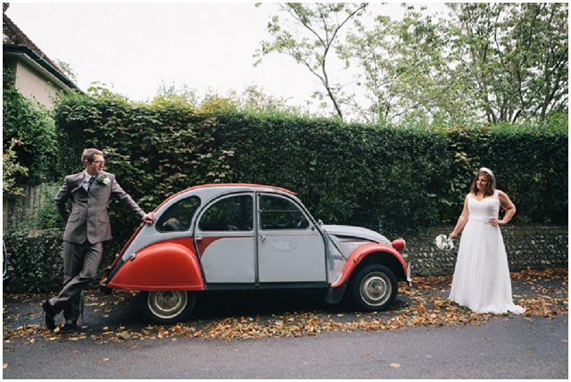 DIY Country Vintage : Pastel & Sapphire | Real Wedding