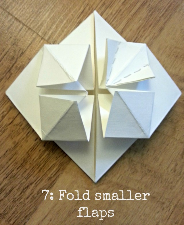 Wedding DIY Tutorial: Origami Heart Decorations   Place Cards