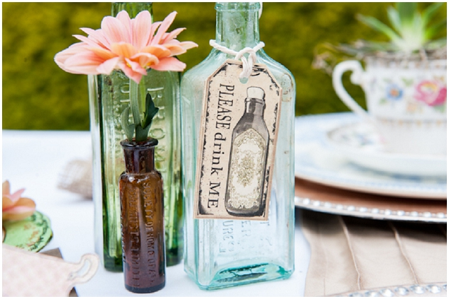 Alice In Wonderland: Drink Me | Unique Wedding Inspiration