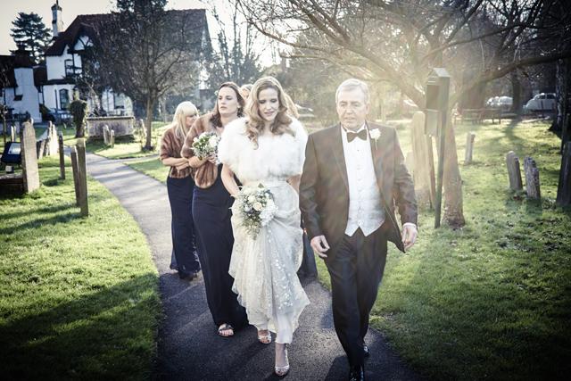 Contemporary Winter Wedding  Real Wedding (11)