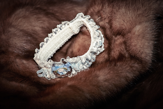 Contemporary Winter Wedding  Real Wedding (57)