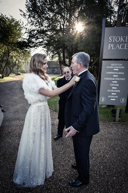 Contemporary Winter Wedding  Real Wedding (9)