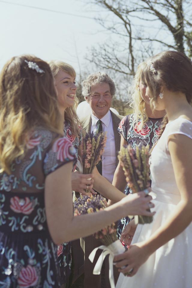 dried flower bouquet wedding