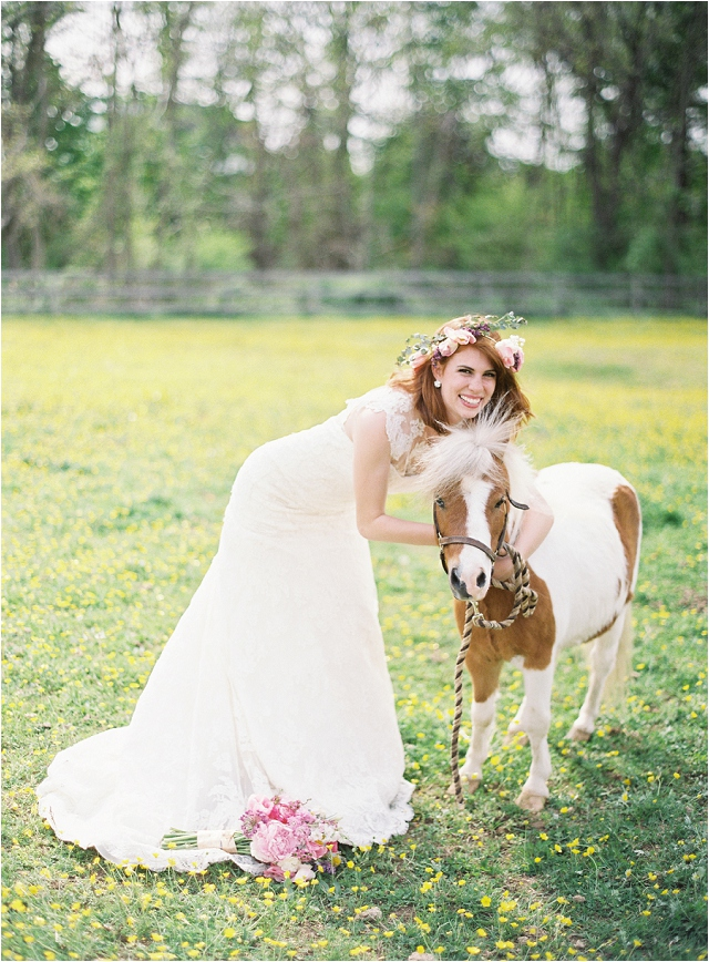 bride and shetland pony