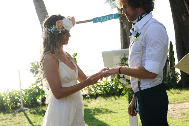 Beautiful Villa | Destination Wedding [exchanging rings]
