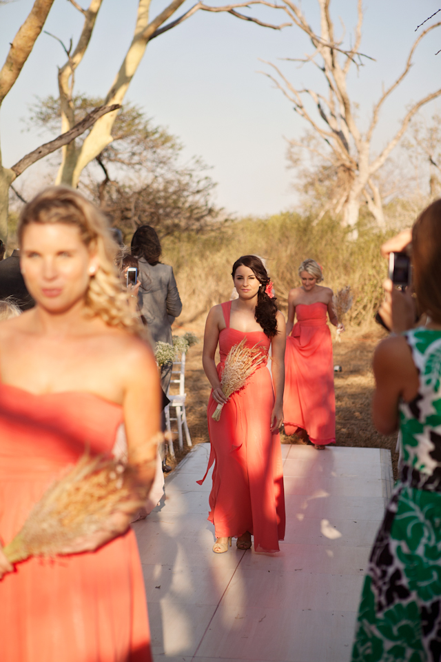 Elegant Outdoor | African Bush: Real Wedding