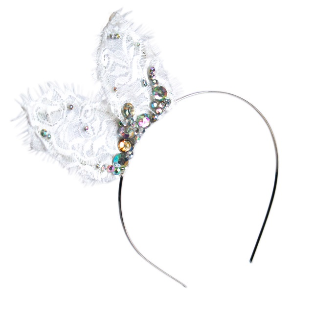 sarah_bunny Friday Finds: Rock n'Roll Bride For Crown & Glory: Hair Accessories
