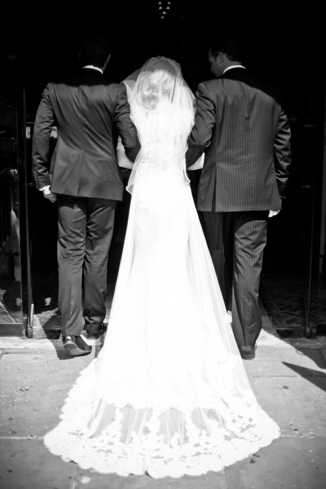 Laid Back In London | DIY Wedding + Vintage Lovin' Bride