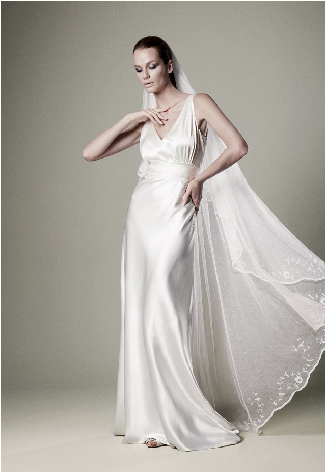 Huge Discounts On Beautiful Charlie Brear | The Vintage Wedding Dress Company Bridal Gowns