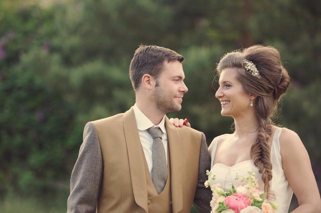 Scotney Castle Golden Glory Wedding Styled Shoot by Rebecca Douglas Photography 0115