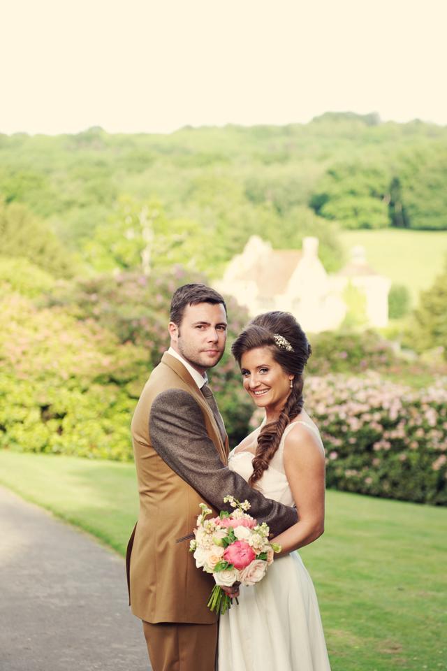 Scotney Castle Golden Glory Wedding Styled Shoot by Rebecca Douglas Photography 0126