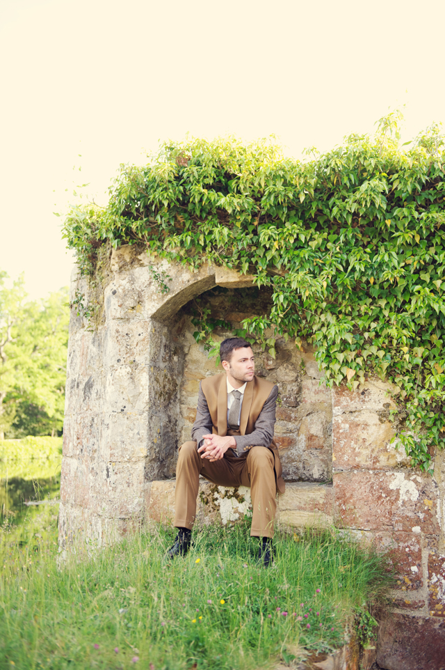 Scotney Castle Golden Glory Wedding Styled Shoot by Rebecca Douglas Photography 0134