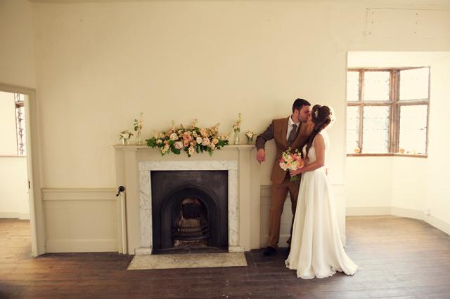 Scotney Castle Golden Glory Wedding Styled Shoot by Rebecca Douglas Photography 0198