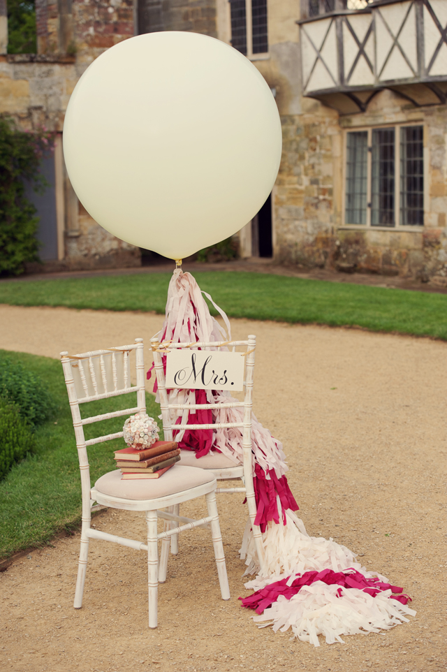 Scotney Castle Golden Glory Wedding Styled Shoot by Rebecca Douglas Photography 0220