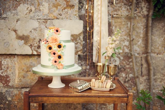 Scotney Castle Golden Glory Wedding Styled Shoot by Rebecca Douglas Photography 0289