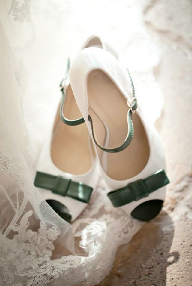 Design Your Own Awesome, Extra Special Wedding Shoes | Dessine-moi un soulier