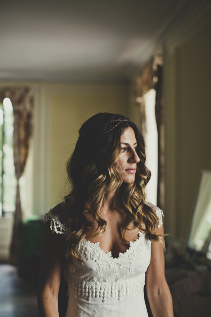 A Romantic, Vintage Charm Real Wedding With Gorgeous Claire Pettibone Bride