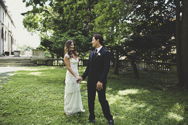 Vintage Charm Real Wedding With Gorgeous Claire Pettibone Bride