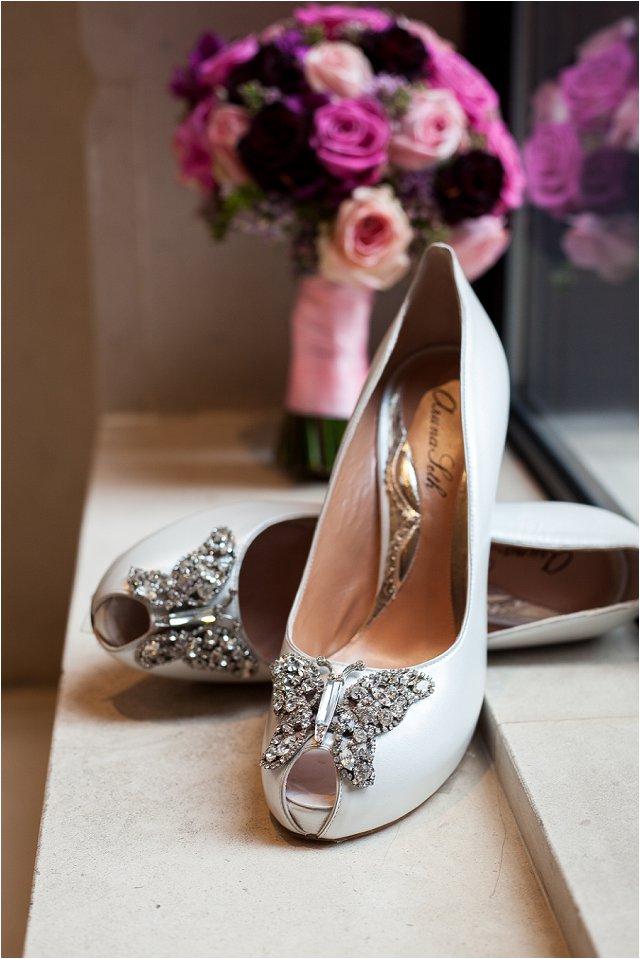 Opulent Splendor A 1950s Hollywood Glamour Inspired Bridal Shoot_0020
