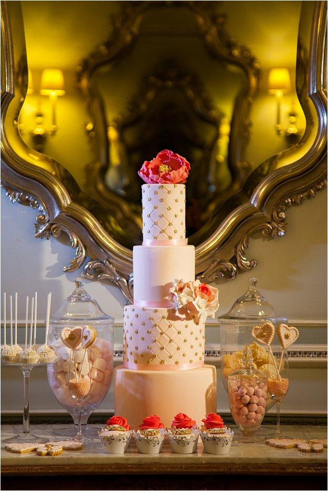 Opulent Splendor A 1950s Hollywood Glamour Inspired Bridal Shoot_0022