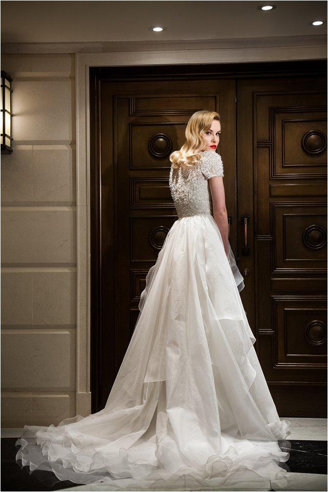 Opulent Splendor A 1950s Hollywood Glamour Inspired Bridal Shoot_0028