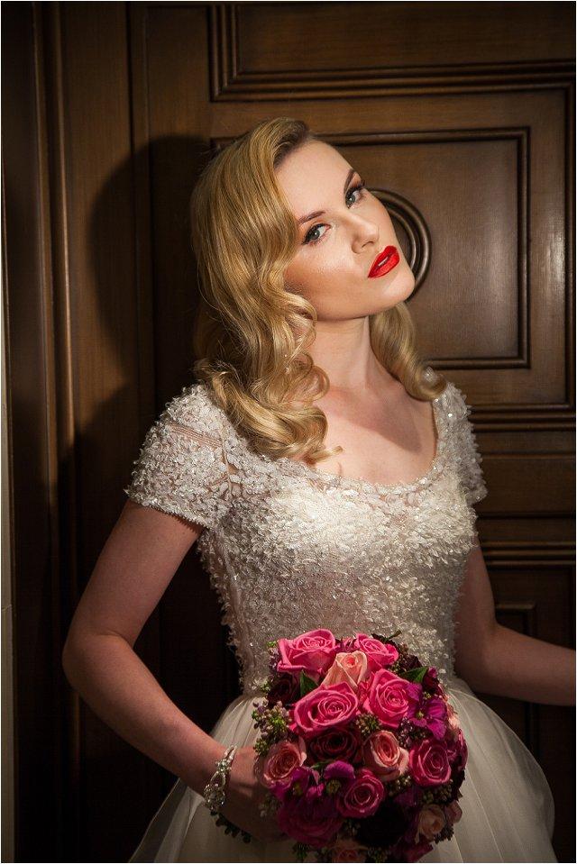 Opulent Splendor A 1950s Hollywood Glamour Inspired Bridal Shoot_0032