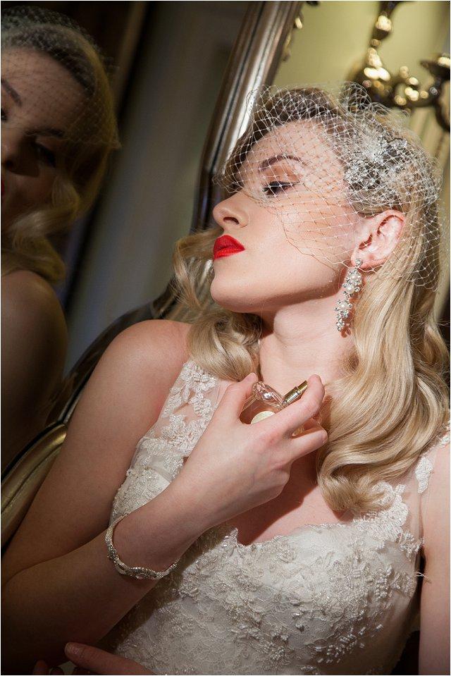 Opulent Splendour A 1950s Hollywood Glamour Inspired Bridal Shoot_0041