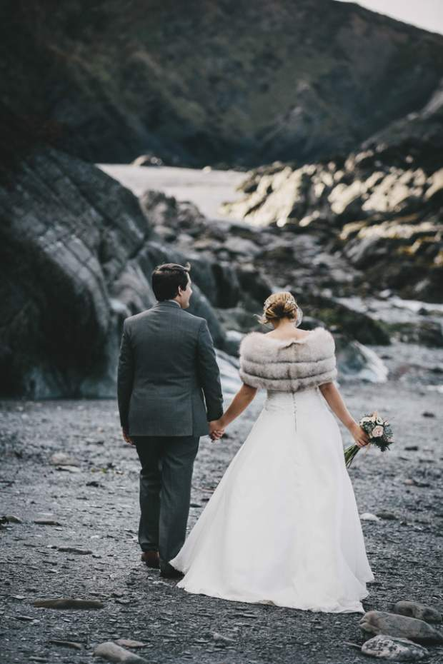 Rhiannon & James at Tunnels Beaches_HelenLiskPhotography -64