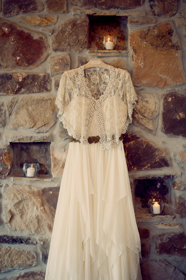 An Ultra Stylish Boho Wedding With Subtle Vintage Vibe