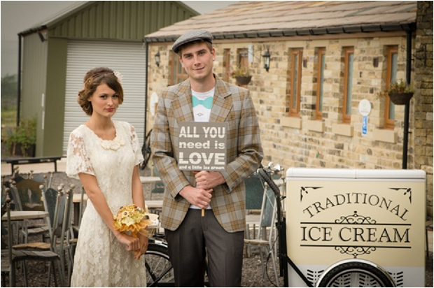 Rustic & Sweet | Scoop Me Off My Feet: Vintage Inspired Bridal Shoot