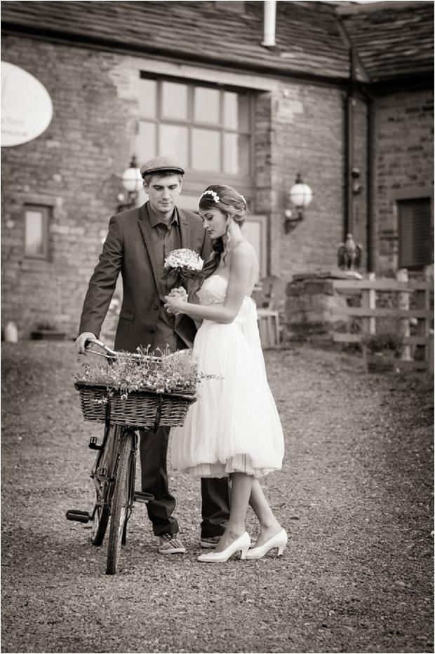 Sweet & Rustic Vintage Inspired Bridal Shoot_0017