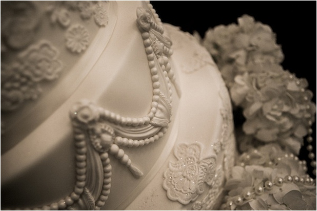 The Prettiest & Coolest Wedding Cake Trends For 2014