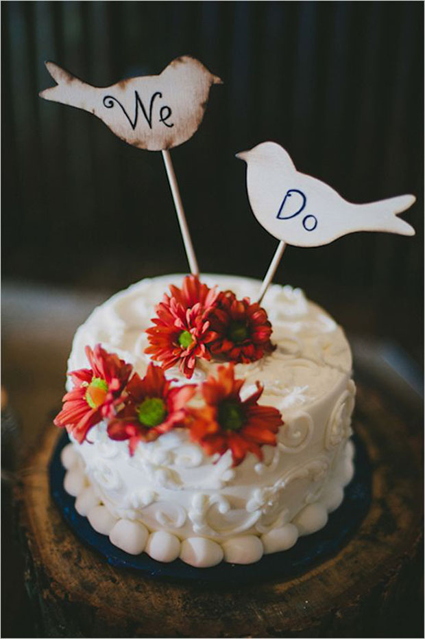 we do cake signage