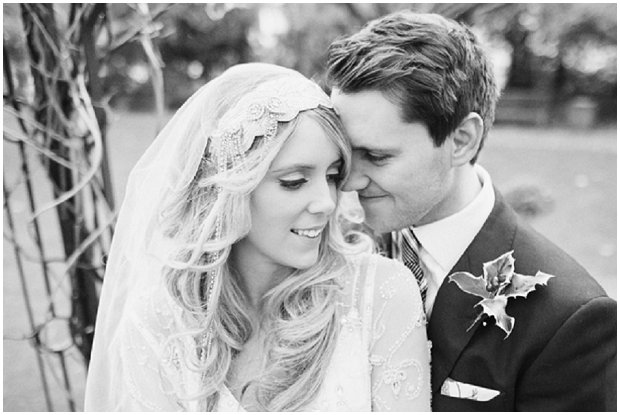 Gorgeous Winter Wedding With Christmas Touches_0101
